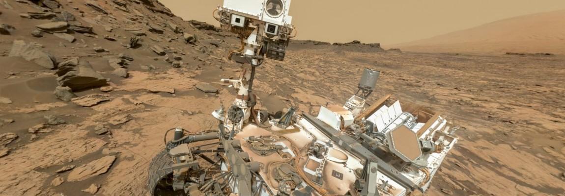 MARS sol 1463, panorama 360 z Curiosity Rover